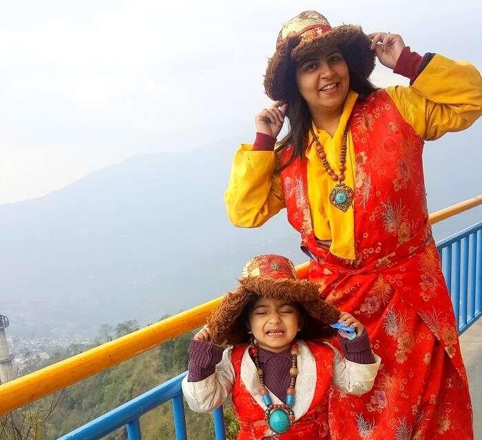 local dress in darjeeling