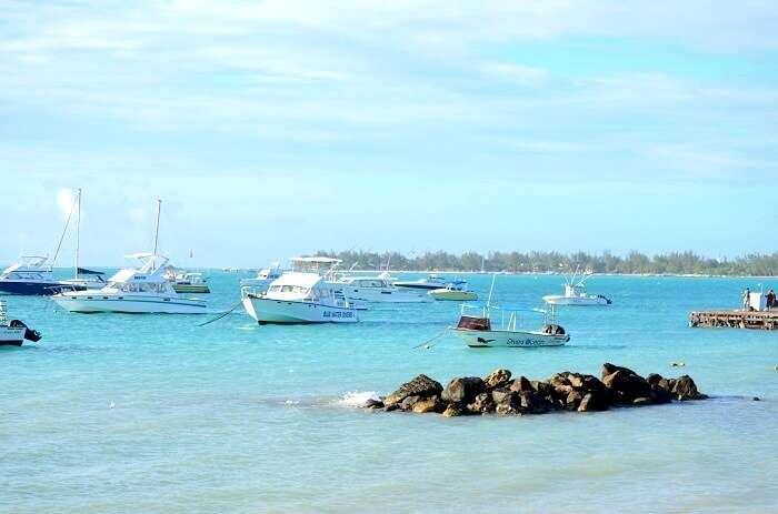 deep blue ocean of mauritius