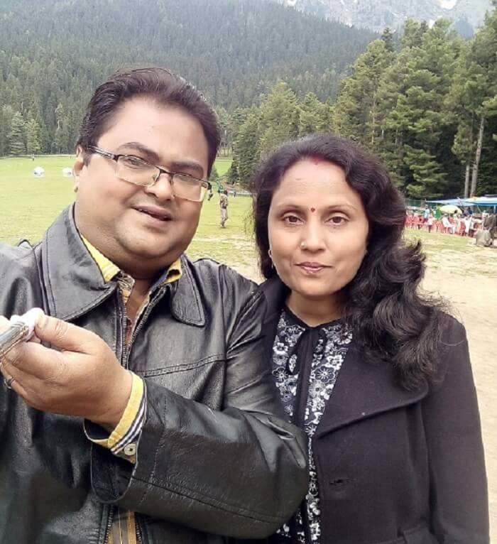 rakesh and his wife have fun pahalgam