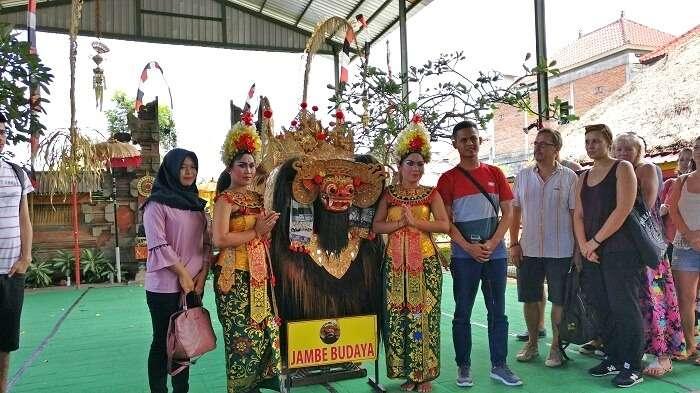 cultural show in Bali