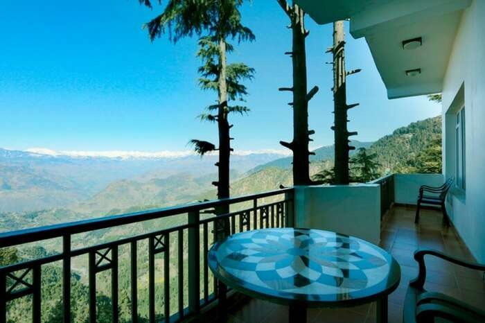 Great mountain views from the balcony of Grand View Dalhousie