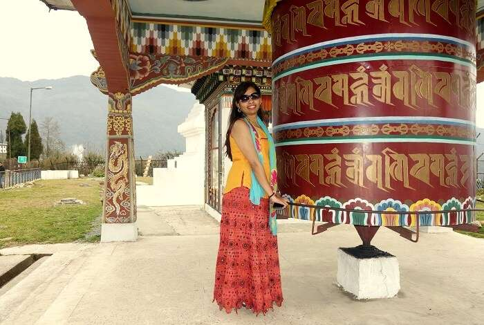 monali n friends at monastery in bhutan