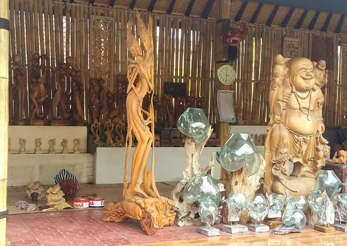 wood workshop in Bali