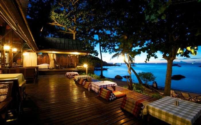 A romantic restaurant overlooking a sea
