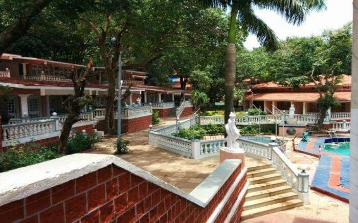 A view of The Byke Heritage hotel in Matheran