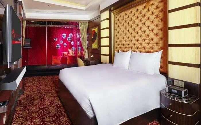Crocksford Hotel suite