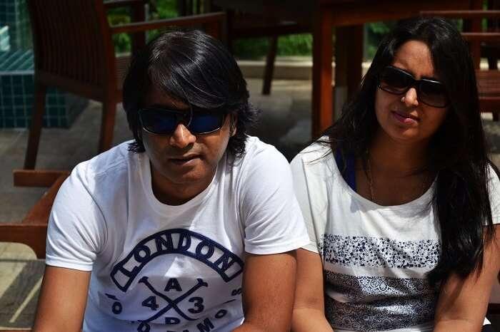 Couple exploring Sri Lanka