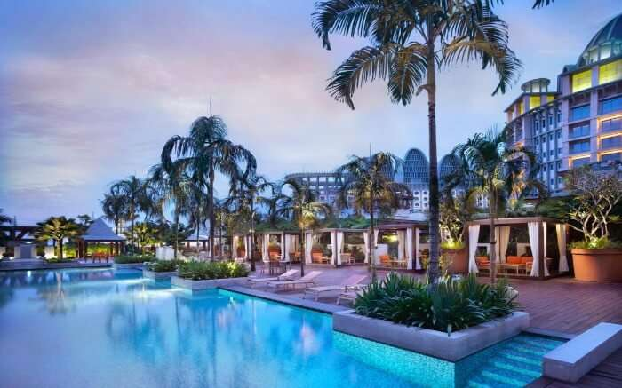 Pool in Festive Hotel