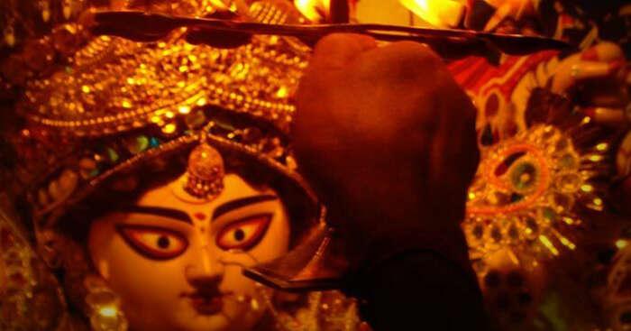 Aarti of maa Durga during Kolkata Durga Puja celebrations