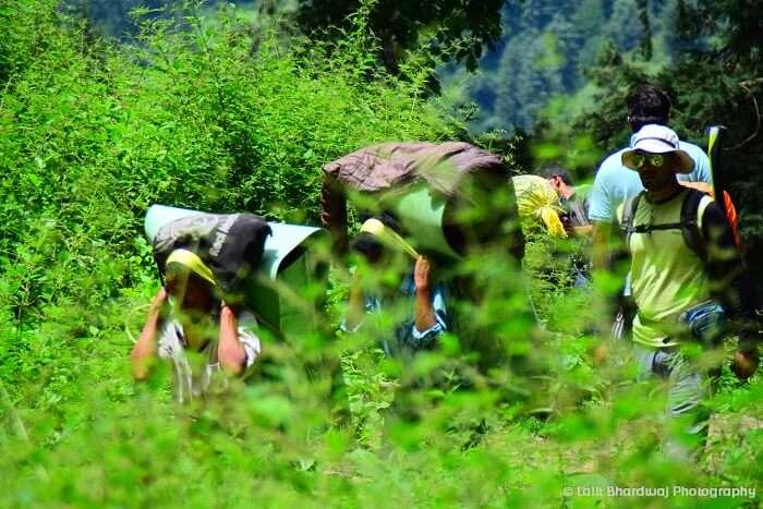 Camping in Kheerganga
