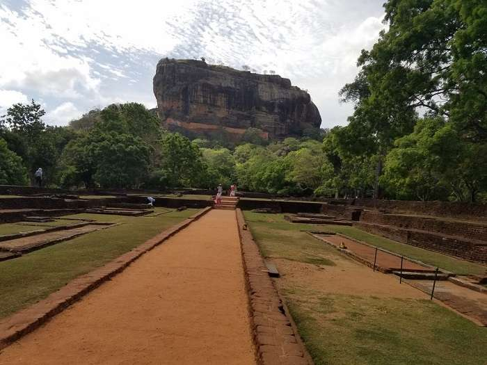 entrance to sigiriya