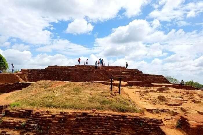 top of sigiriya rock fortress