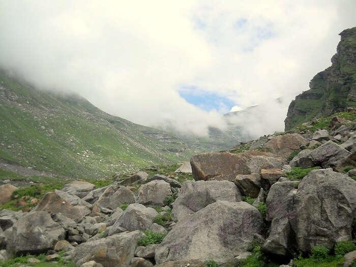 mountains near sarchu