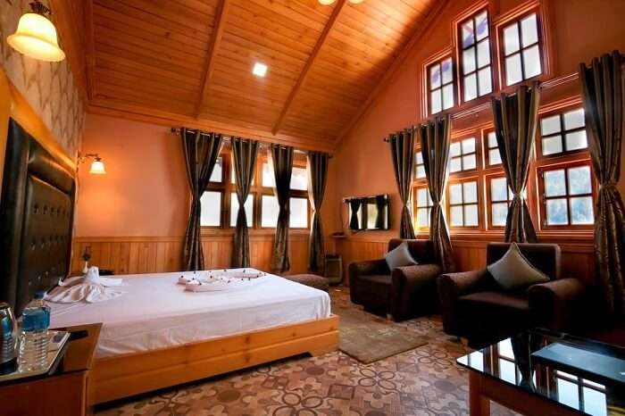 stay at Etho Metho Hotel in Lachung