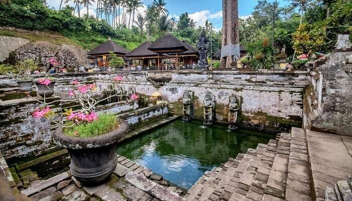 popular temples in bali
