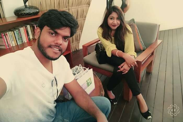 ambuj rashmi enjoying last day of maldives honeymoon trip