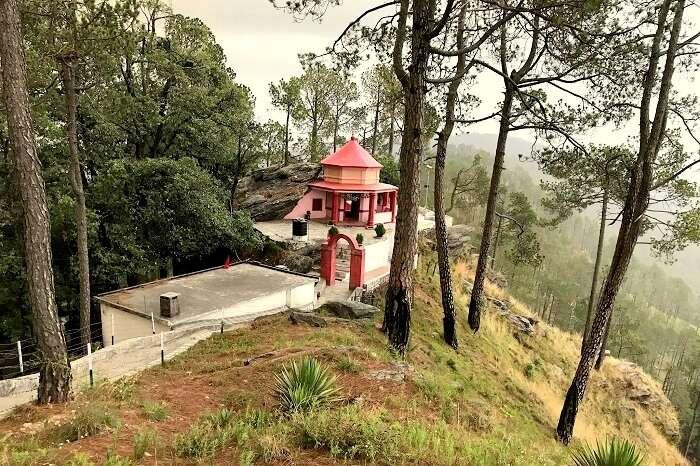 temples near almora