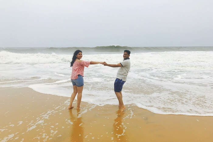 aarti and revan at beach in kovalam, kerala
