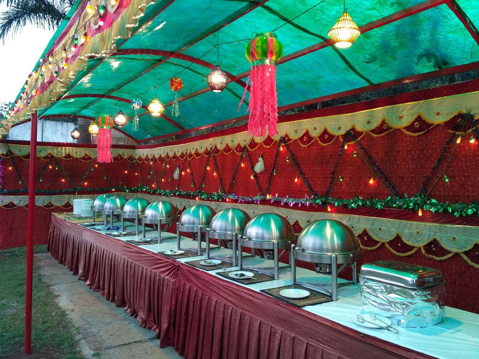 buffet at a resort in Saputara