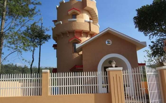 Beautiful front view of Gryffindor Cottage in Yercaud in Tamil Nadu