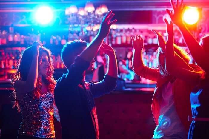 explore the best nightlife of melbourne