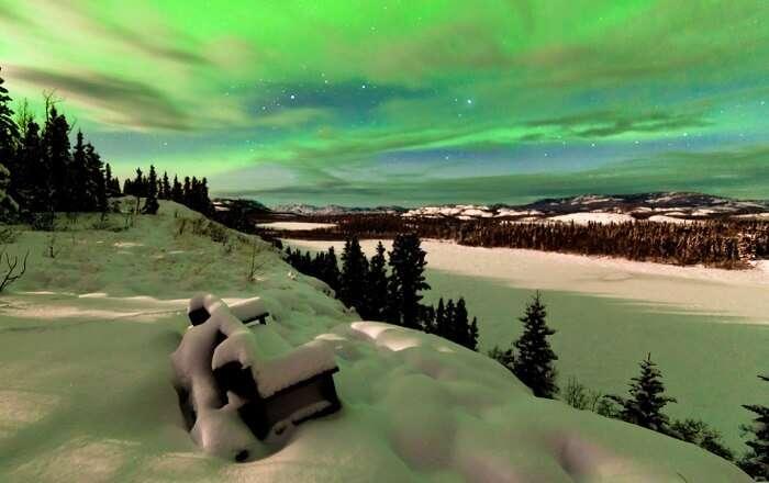 aurora boreolis canada