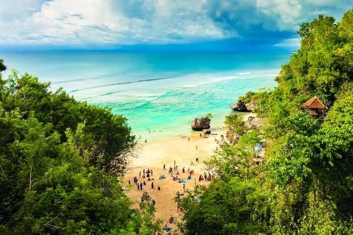 stroll on the padangbai beach