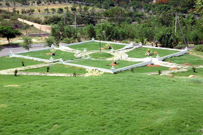 ragala resorts gardens
