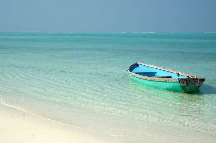 A blue boat on the blue waters of Agatti Island