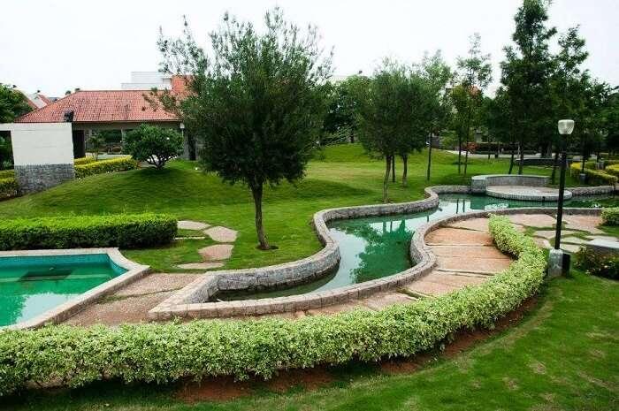 summer green resorts gardens