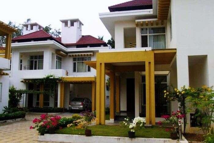 Family-owned villas in Kerala