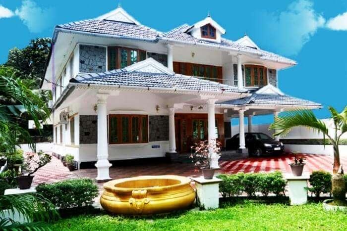 luxury villas in Kerala