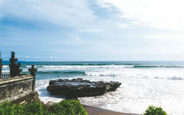 A view of Batu Bolong Beach in Canggu in Bali