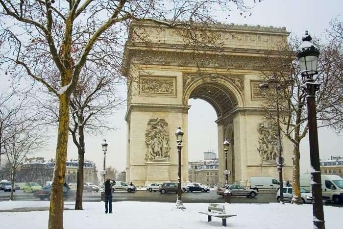 visit the Arc de Triomphe in paris in winter
