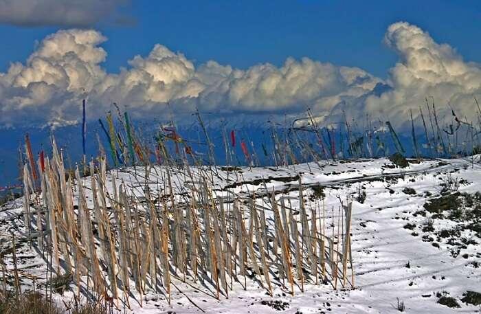 Cheli La Pass View