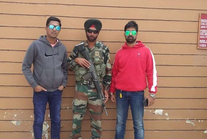 ninad with military personnel in ladakh