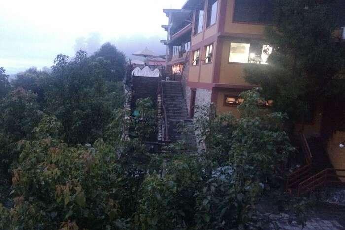 entry of shangri la hotel in nepal