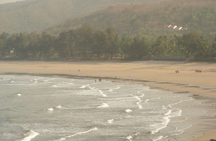 Best time to visit Kashid Beach