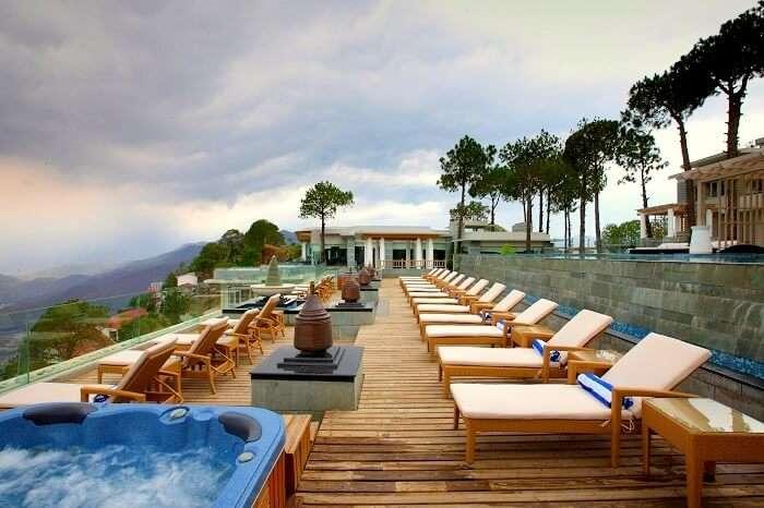 Moksh Spa Resort Parwanoo