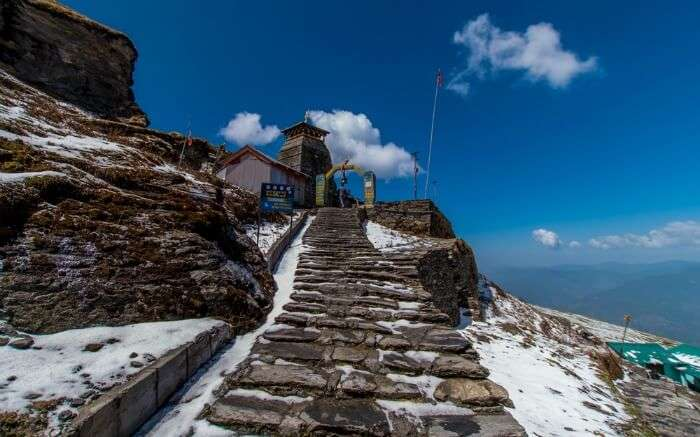 The stairs leading to Tungnath Temple falling on the Chandrashila Trek route