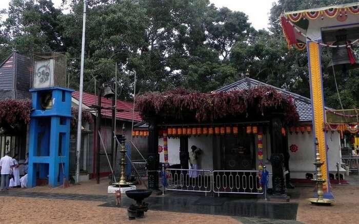 acj-dussehra-in-srilanka-temple (6)