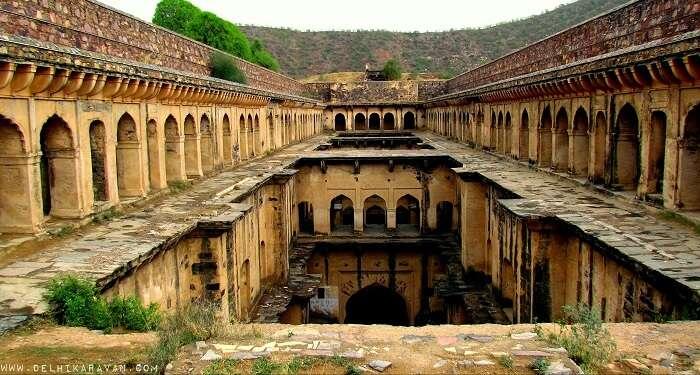 baori neemrana