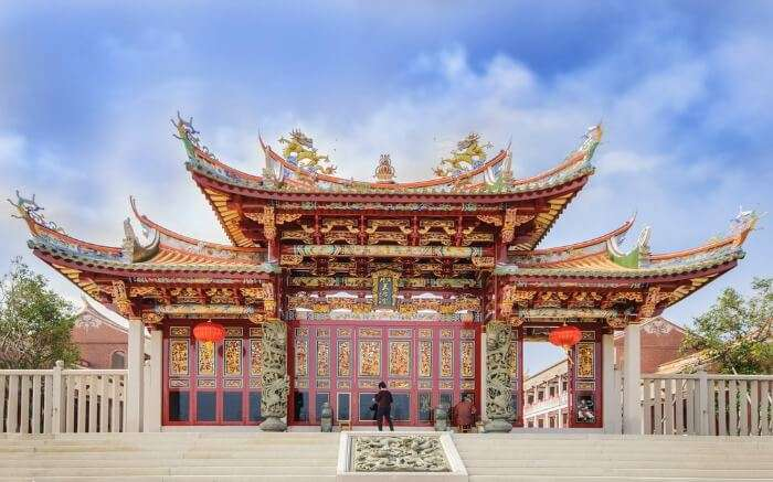 gorgeous Chinese style temple