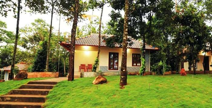 luxury cottages kerala