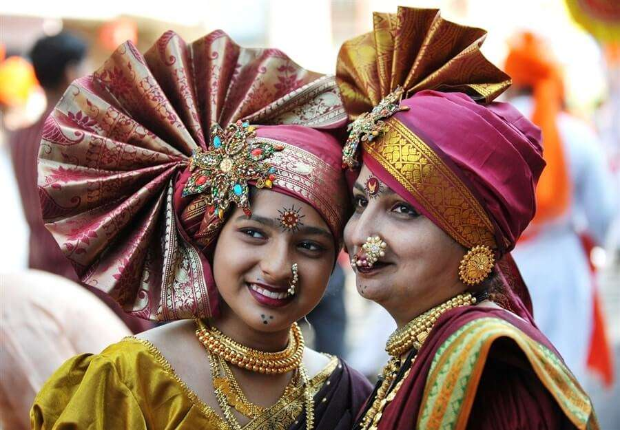 two woman wearing marathi dress on diwali