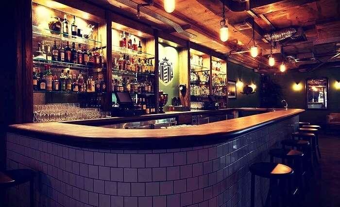 Manhattan Bar Exchange Gurgaon