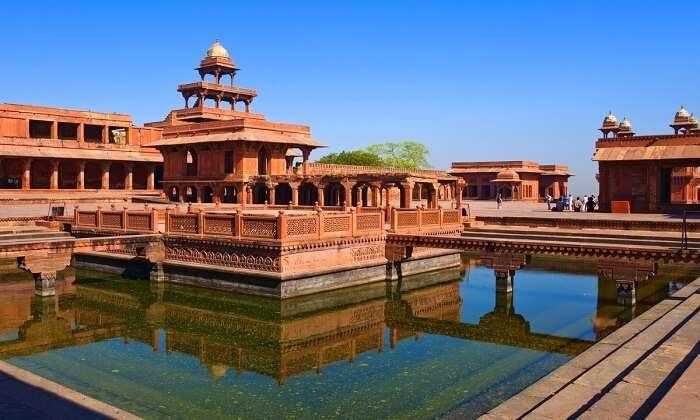 visit Fatehpur Sikri near delhi in december