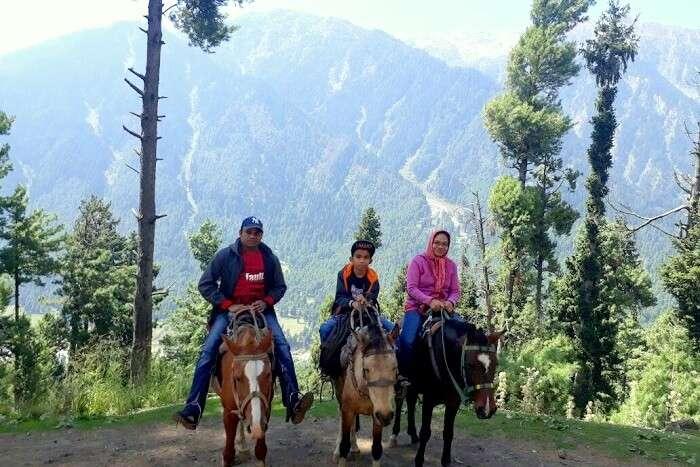 horse riding in Gulmarg