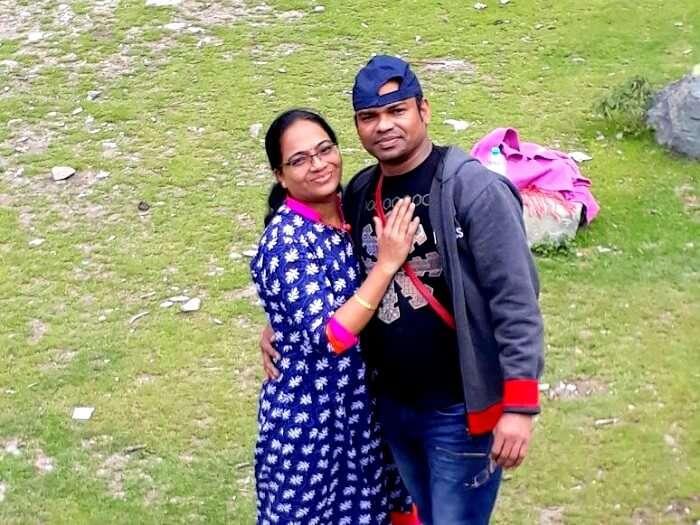 enjoying family time in pahalgam