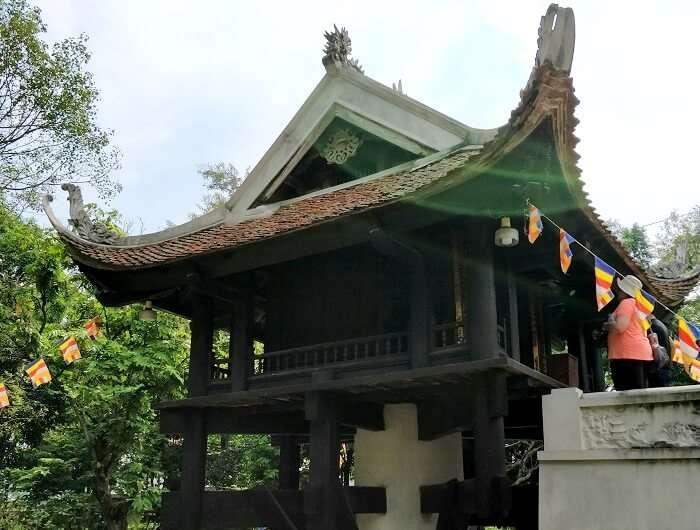 old vietnam palace in Hanoi